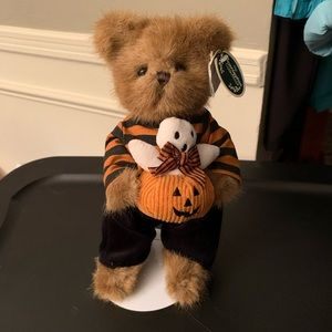 "Bearington Bear ""Peek & Boo"" Plush Halloween Bear"